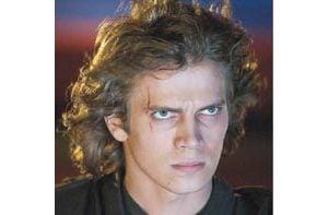 Seductive 'Episode III' is best of George Lucas' 'Star Wars' prequels