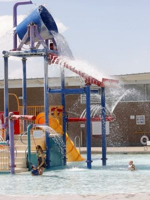 Holiday hours for chandler facilities east valley local news for Chandler public swimming pools