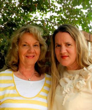 Sarah Hinze, Laura Lofgreen