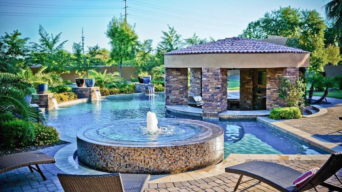 Swimming pool trends make backyards sparkle east valley local news for Swimming pools in the north east