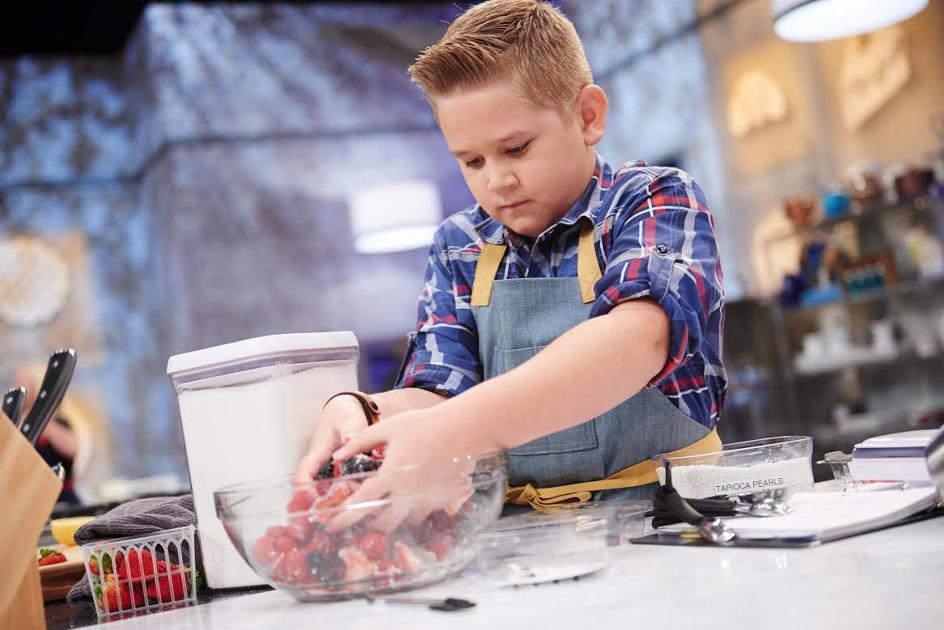 gilbert boy competes on food network baking competition gilbert eastvalleytribune com