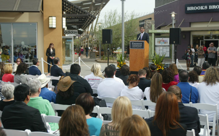 Phoenix Premium Outlets® is an upscale shopping destination in a casual, family-friendly atmosphere offering an impressive collection of designer and name brand outlet stores with .