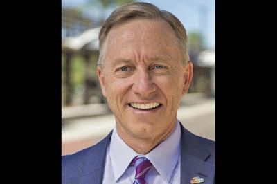 Mesa Mayor John Giles awarded Municipal Court program