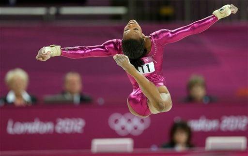 london olympics artistic gymnastics women us gymnast gabrielle douglas vault gymnastics gabby douglas57 vault