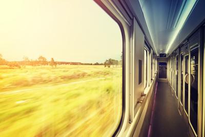 TS-TRAVEL-OVERNIGHT-TRAINTRAVEL-DMT