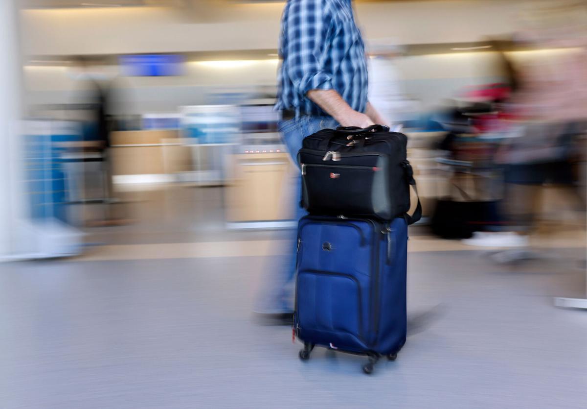 BIZ-AIRLINES-PASSENGER-WEIGHT-DA