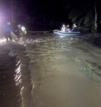Dive Team rescues mom and daughter in Cumberland County