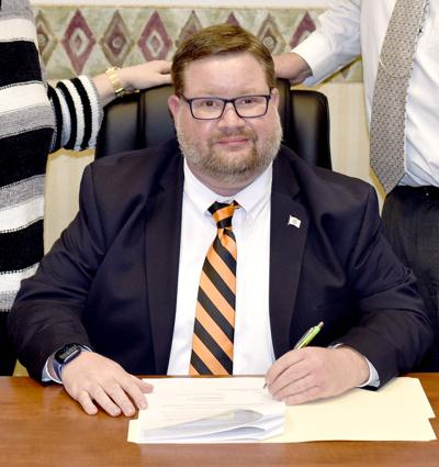 New Altamont superintendent hire requests release from contract