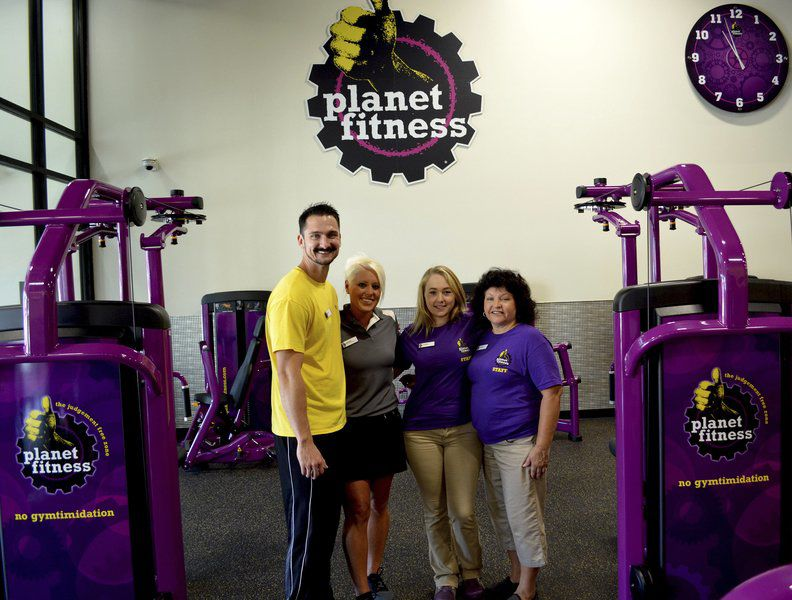 Planet Fitness Opens In Effingham Local News Effinghamdailynews Com