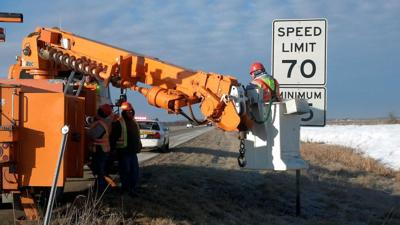 IDOT erects new 70 mph speed limit signs | Local News