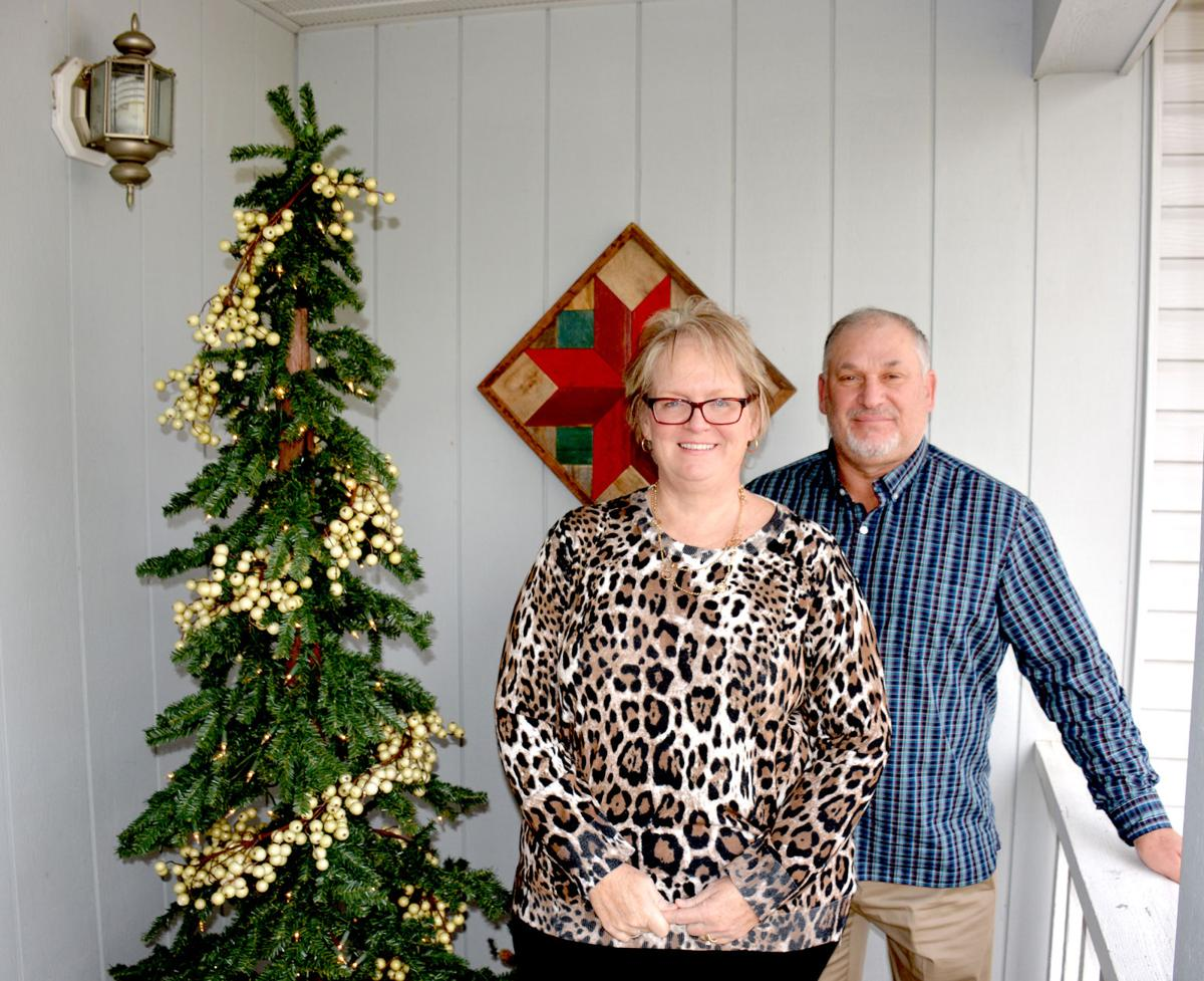 Ladies Aid Christmas Walk features 4 homes