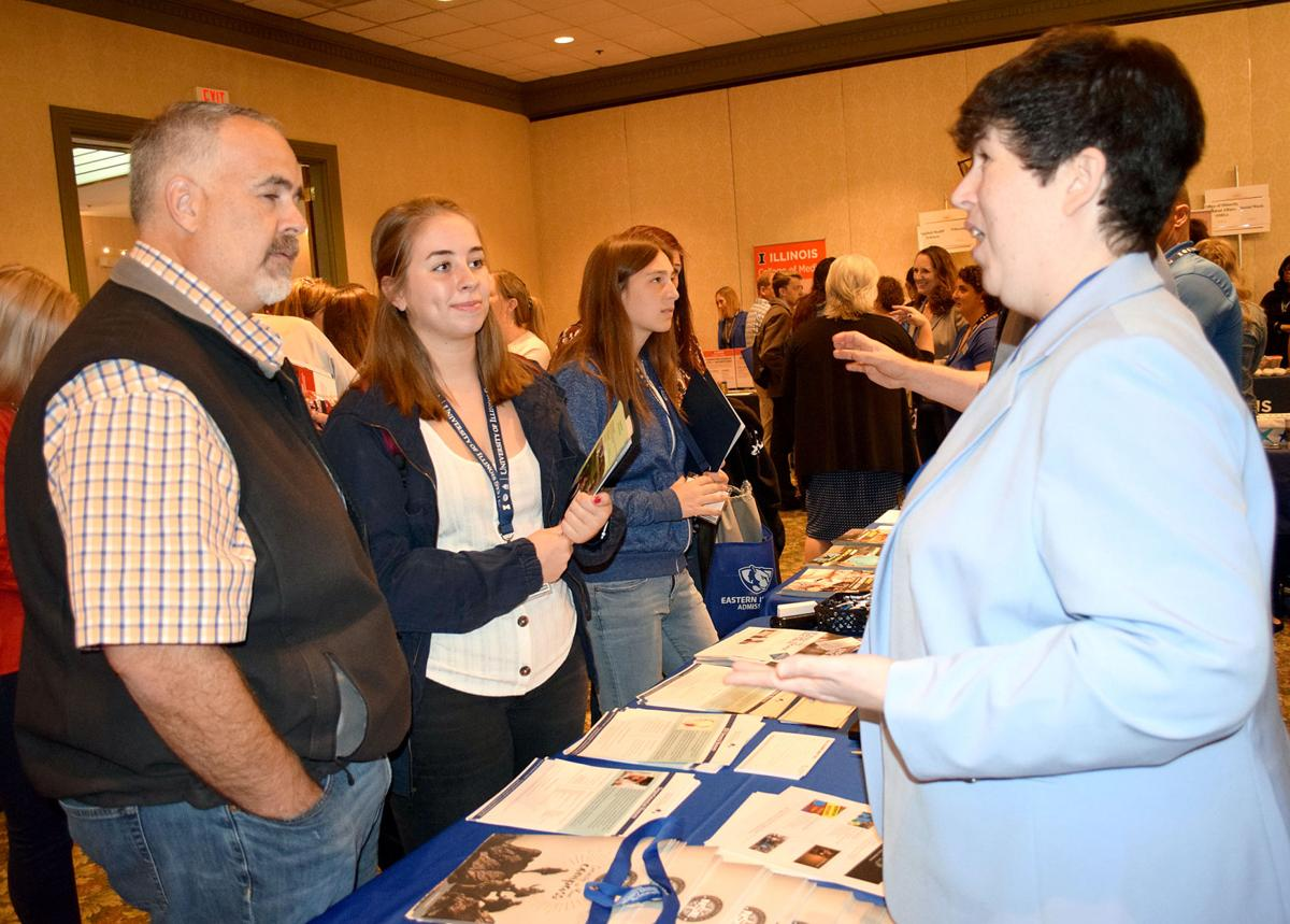 Illinois universities work together to keep Illinois students