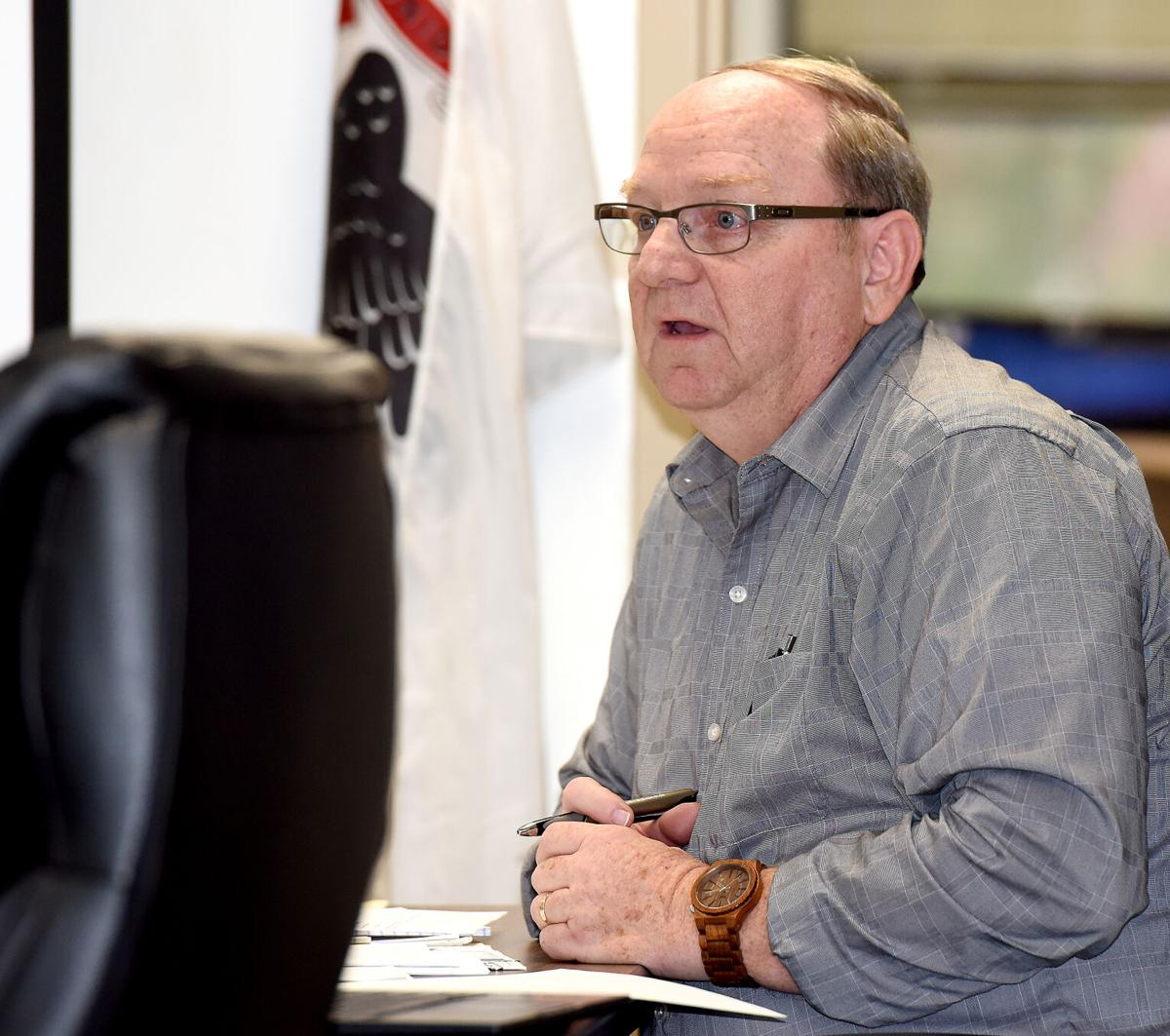 County board gets election update, recognizes 4-H