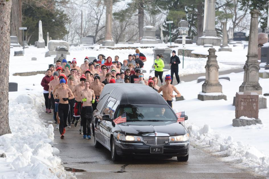 Runners escort Jacob Graf's hearse to his final resting place   Don't Miss  This   effinghamdailynews.com