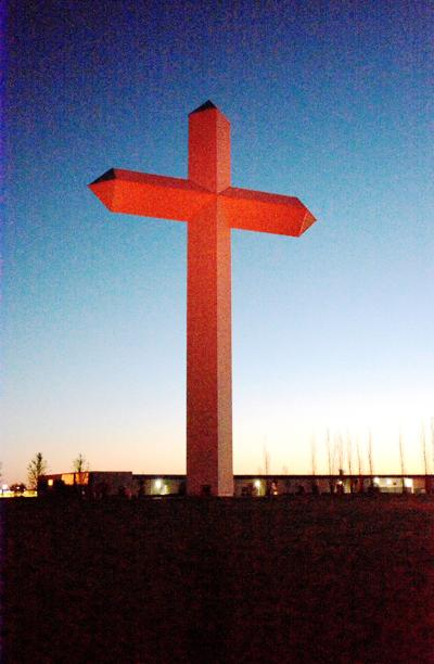 Many gather for Sunrise Service at the Cross