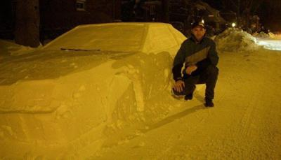 16d878a443363 Man punks police with fake car made of snow