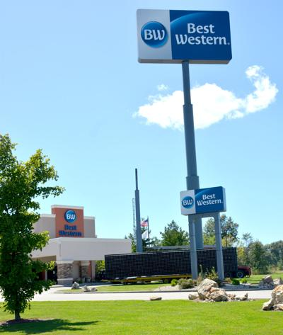 Best Western to add message sign