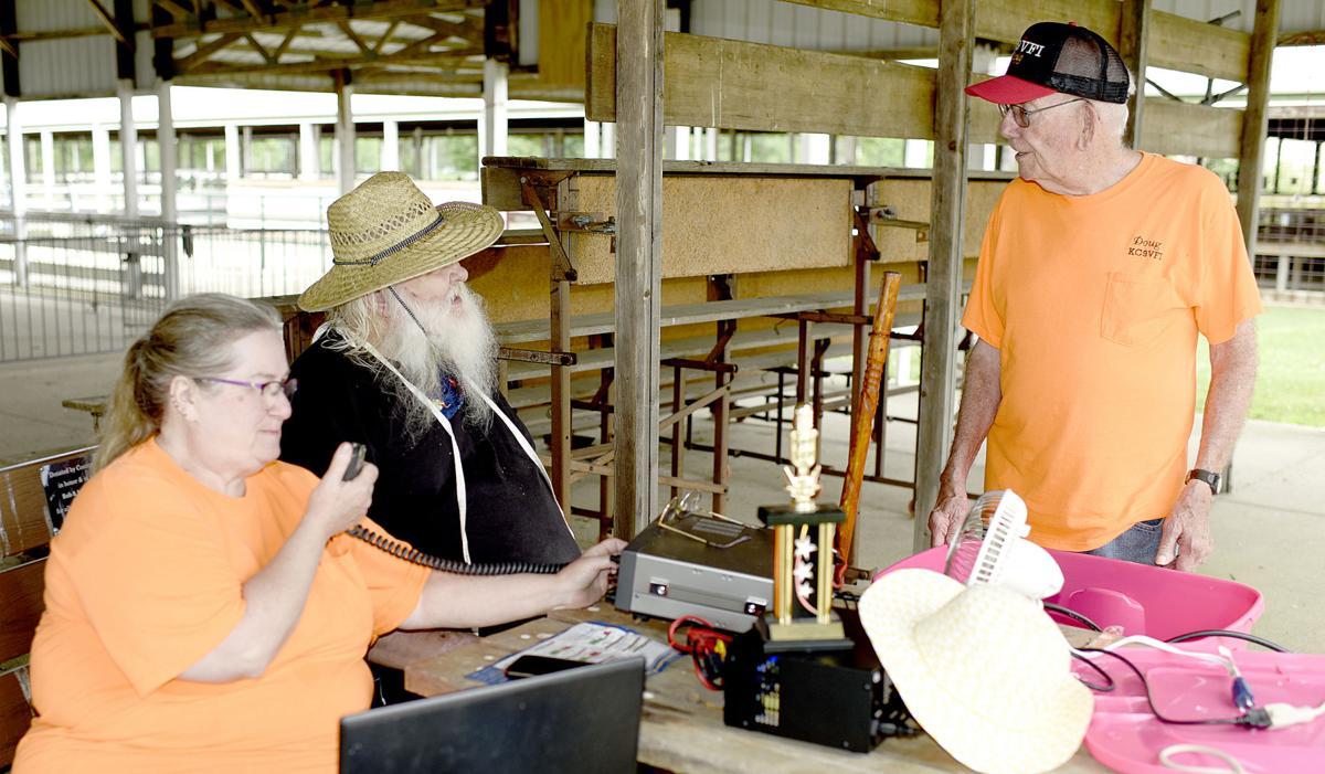 Amateur radio club participates in field day