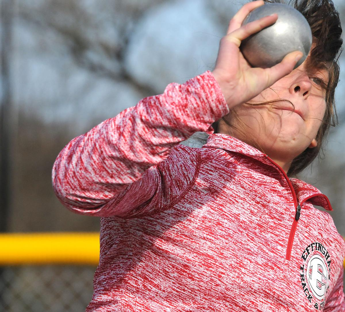 Illinois effingham county teutopolis - Effingham S Alex Denoyer Tosses The Shot Put At A Triangle Meet With St Anthony And Teutopolis At St Anthony Tuesday