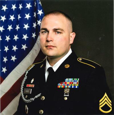 Effingham native earns Army recognition