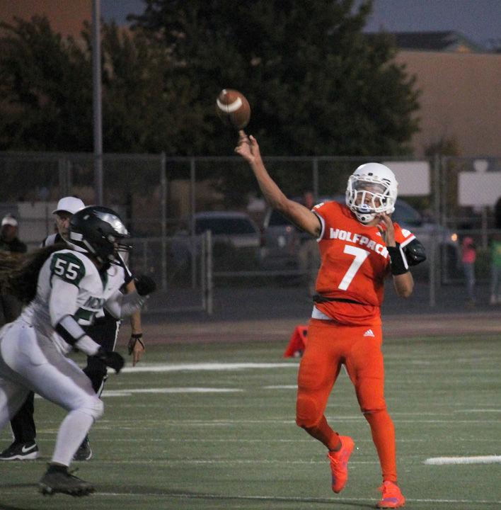 Cosumnes Oaks quarterback Anthony Grigsby