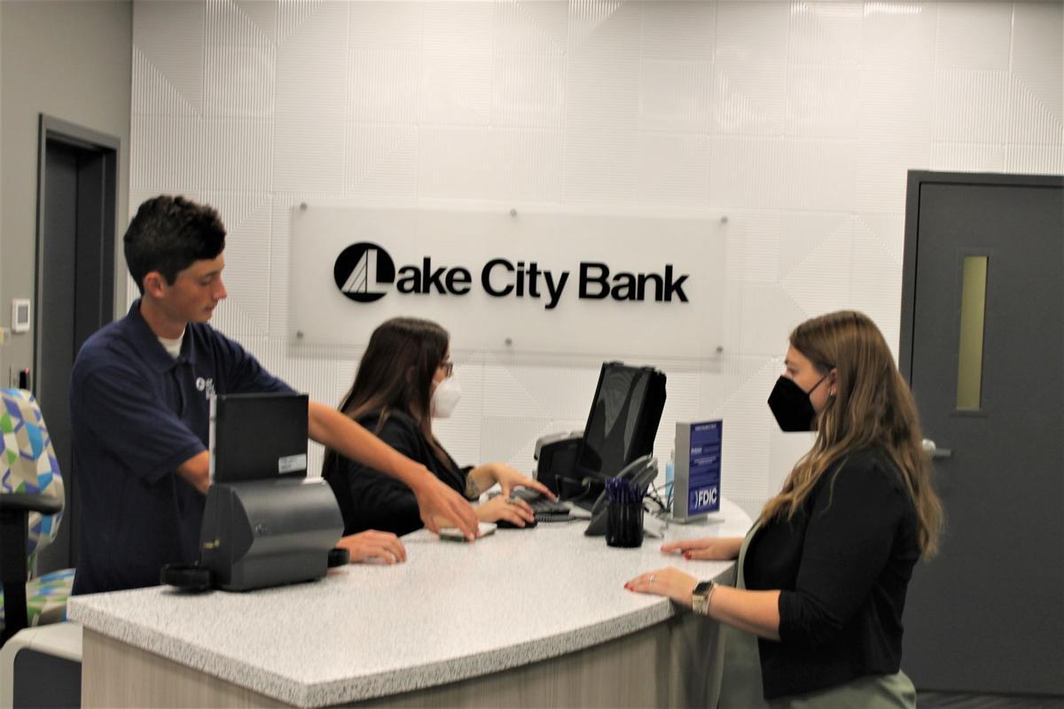 Bank photo 1