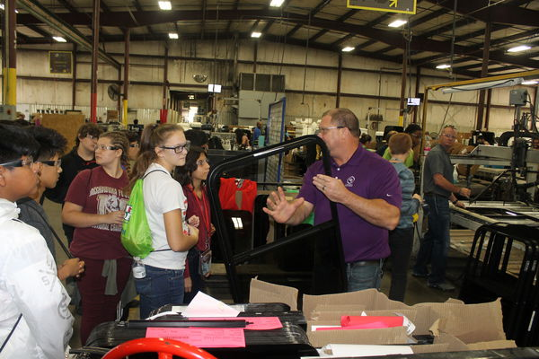 Area eighth-graders size up manufacturing