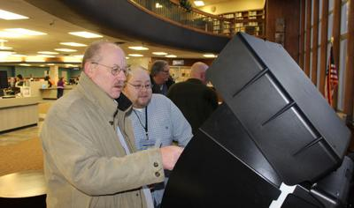 Election board sets public test, poll worker training