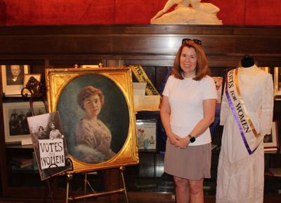 Janet Evanega with Helen Beardsley portrait