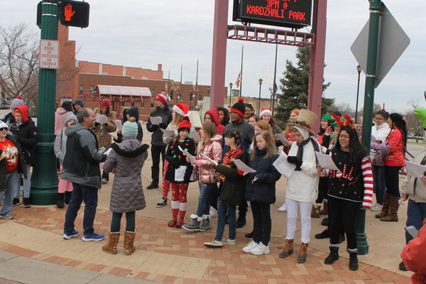 Winterfest kicks off holiday season in Elkhart