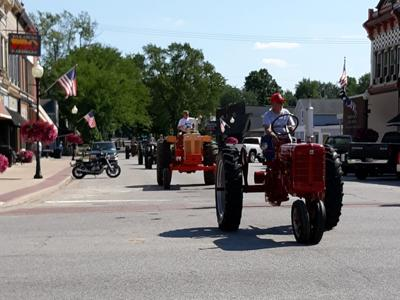 Wakarusa tractor parade