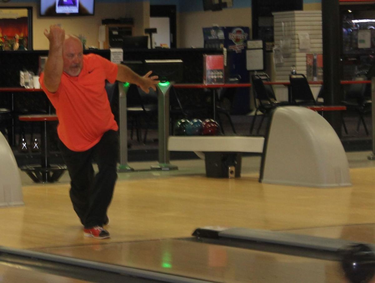 Bowling photo 1
