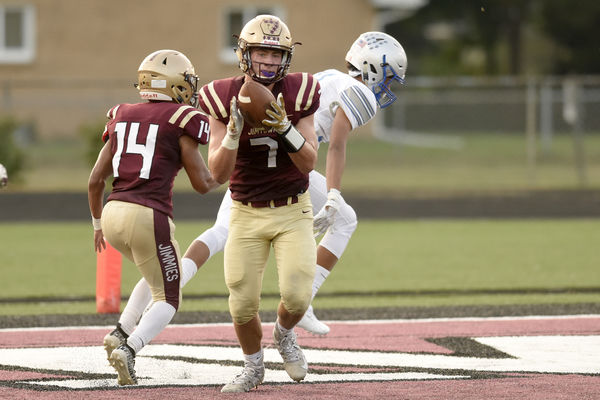 Highly ranked Marian escapes with a win over Jimtown