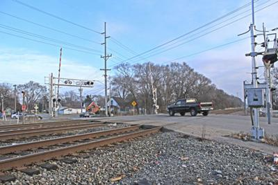 Hively Avenue railroad crossing