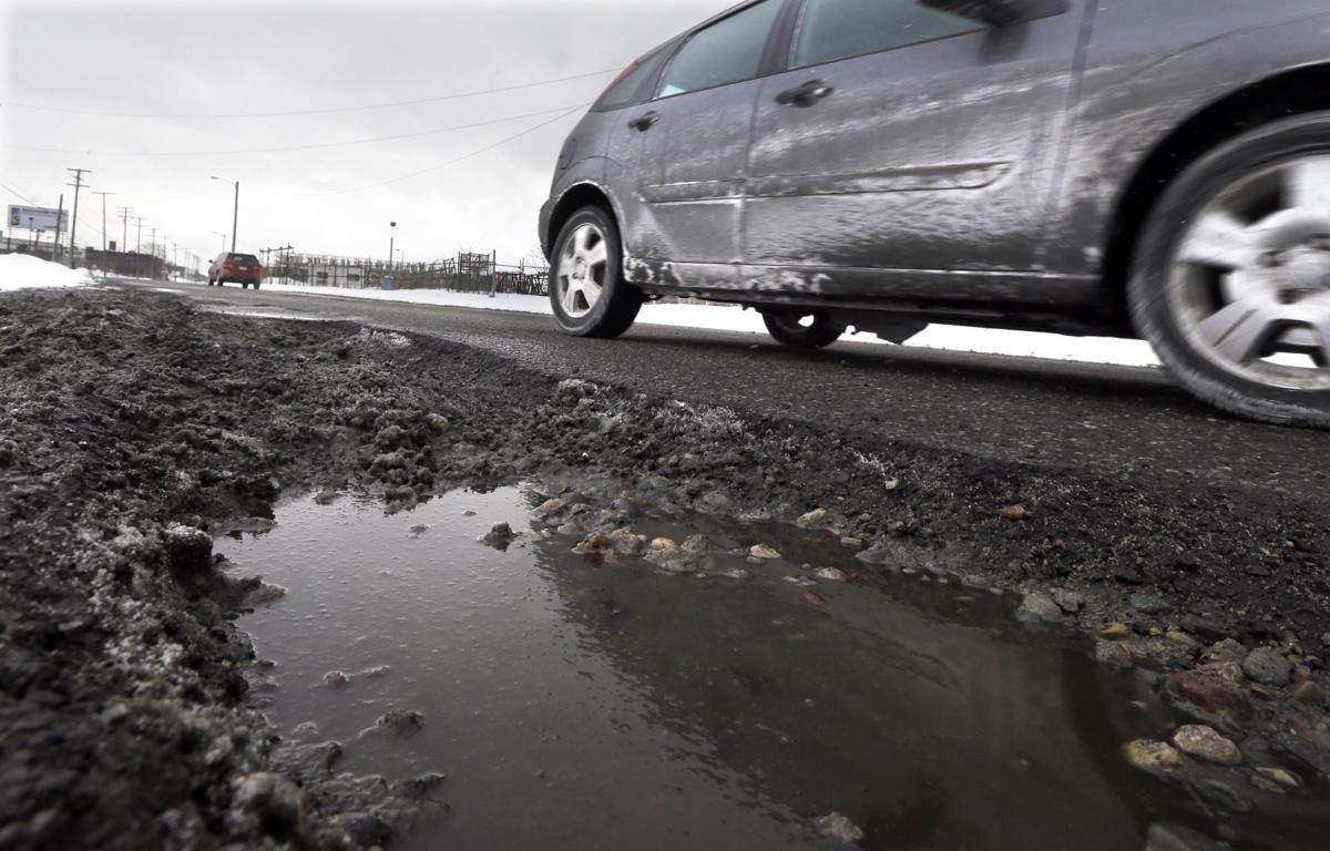Federal funding of Michigan roads down 8 percent in 5 years