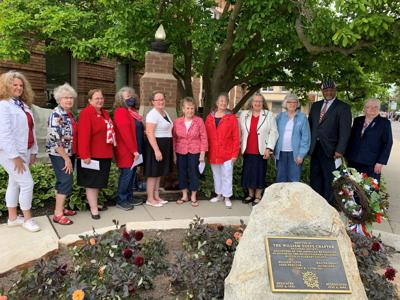 Daughters honor Revolutionary War veterans