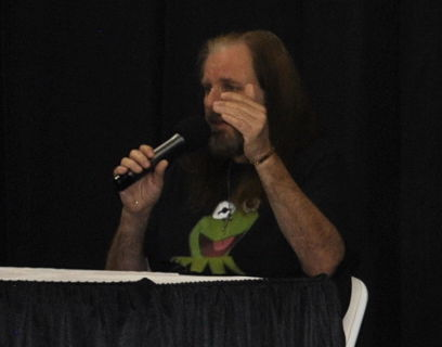 Celebrity guests draw crowds at Hall of Heroes Comic Con2