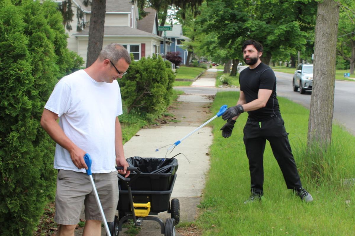 Greenleaf neighborhood cleanup Mark Datema and Aaron Mishler 05-22-2021
