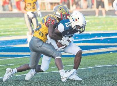 Brownlee's four touchdowns keys Central victory