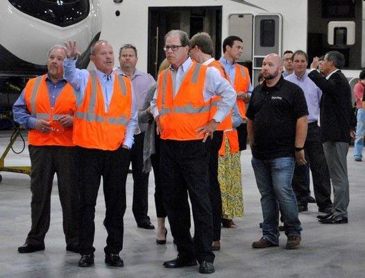 Senator touts growth at Grand Design RV