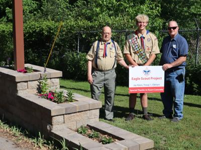 Eagle Scout completes Environmental Center project