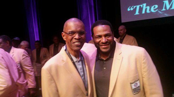NFL legend Gale Sayers 'comes and goes,' but it was going well Friday in Canton