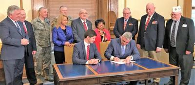 Holcomb signs bill supporting military students