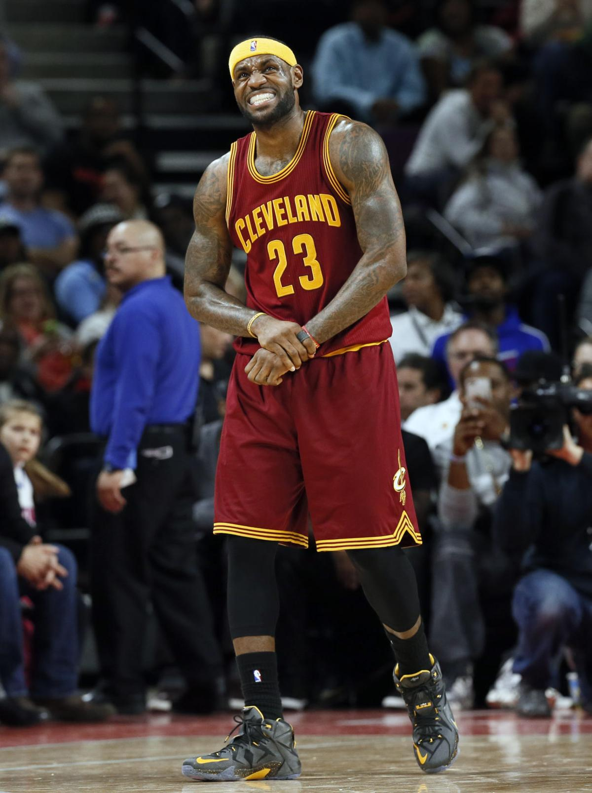 Irving scores 31, Cavs sweep Pistons with 100-98 win