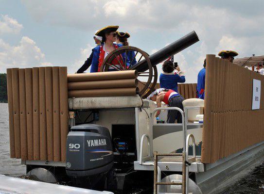 Flotilla celebrates Independence Day