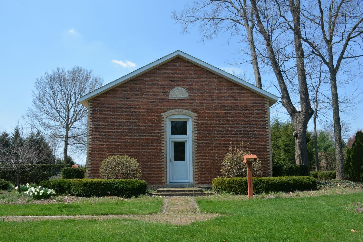 Ask the Truth: What's the history behind the one-room schoolhouse near C.R. 4 and C.R. 19?