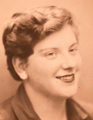 Gloria McNeil