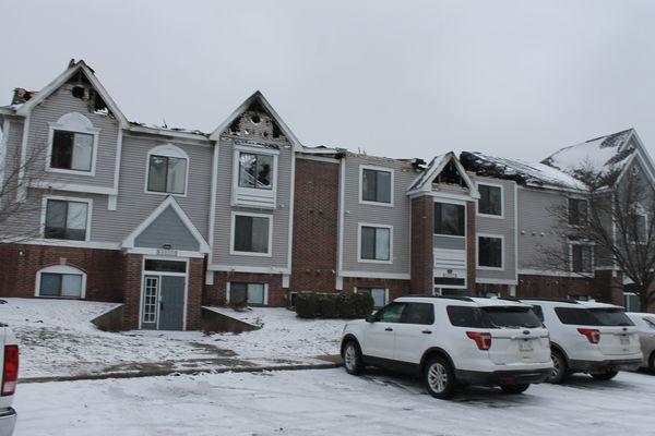 Apartment complex fire displaces 60