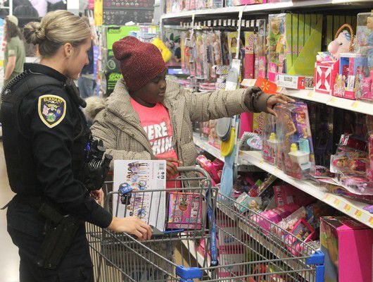 Cops, kids team up for shopping spree