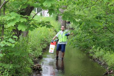 Greenleaf Neighborhood cleanup Devon Gavarrete